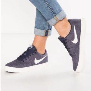 Nike Womens Sb Check Solar Light Bone/Ivory-white